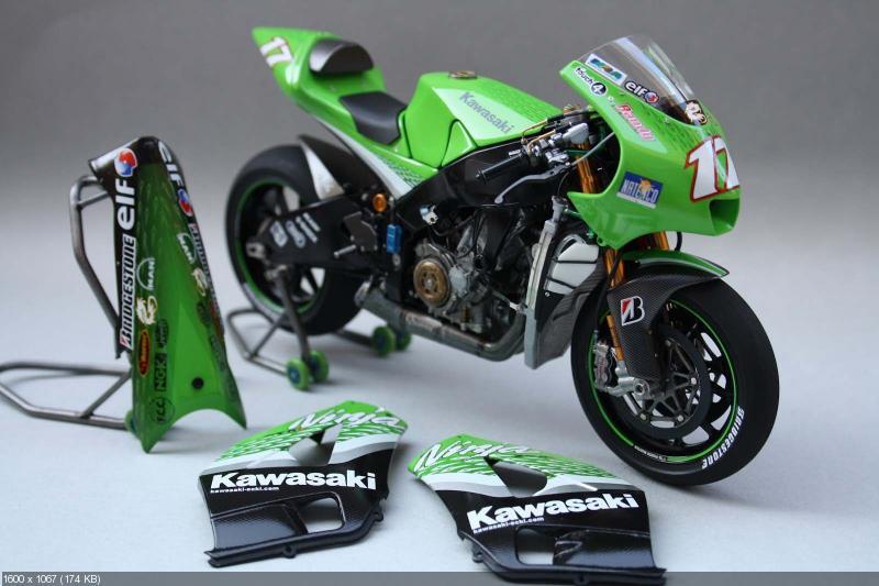 Моделька Kawasaki Ninja ZX-RR 2006